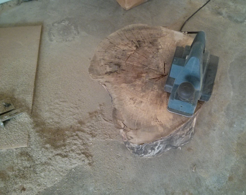 Pile of sawdust with Planar